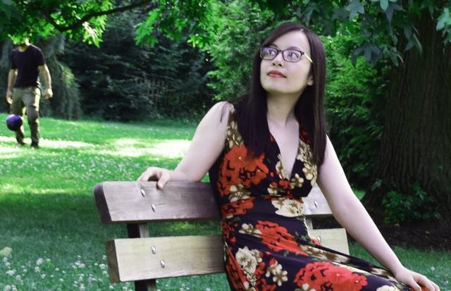 Thiên nhiên và kiến trúc Pháp khiến cô gái trẻ say đắm. Ảnh: NVCC