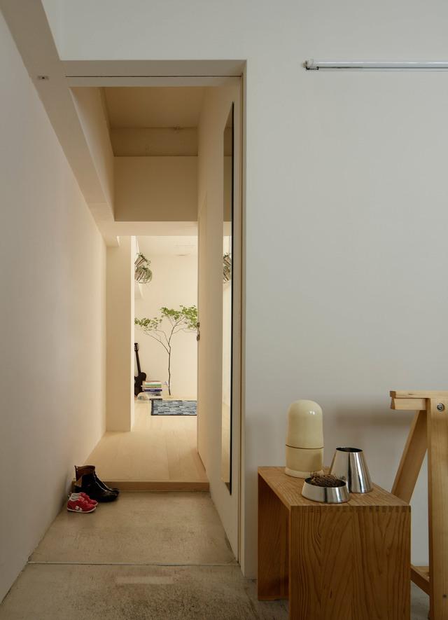 Nội thất dùng trong nhà là những vật dụng vô cùng đơn giản và thanh lịch.