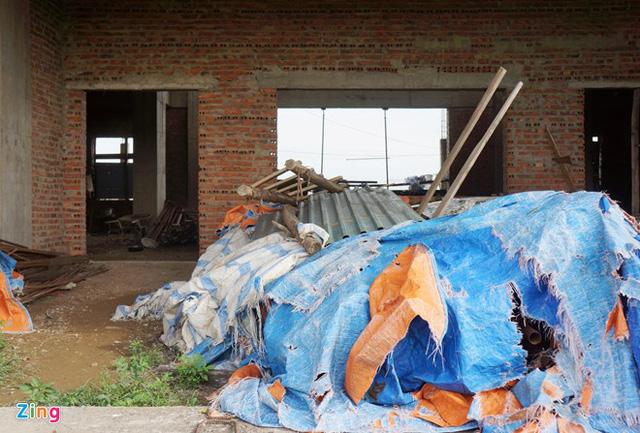 Dự án đại học Hoa Lư Ninh Bình có nhiều vật liệu phủ bạt