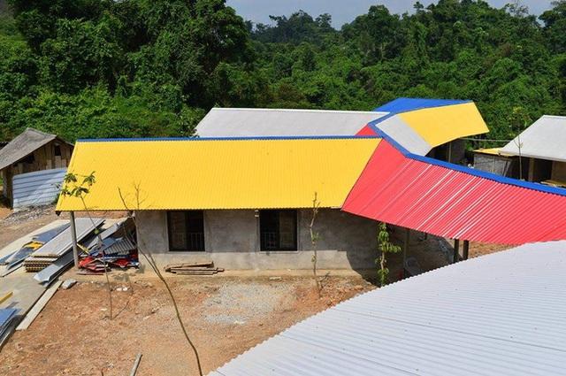 Ngôi trường mới của các em học sinh nghèo vùng cao. Ảnh: Facebook Cơm Có Thịt