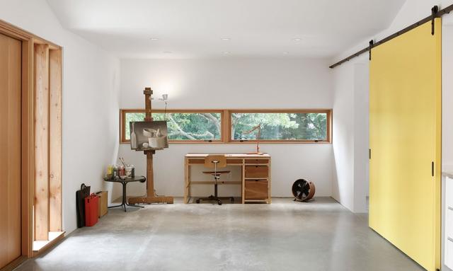 Vốn là người đam mê hội họa, nơi đây sẽ là không gian lý tưởng để chủ nhà cho ra đời nhiều tác phẩm đẹp.