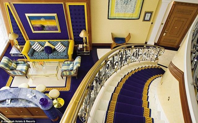 Những phòng hạng sang được thiết kế hai tầng với những món đồ nội thất xa xỉ bậc nhất thế giới.