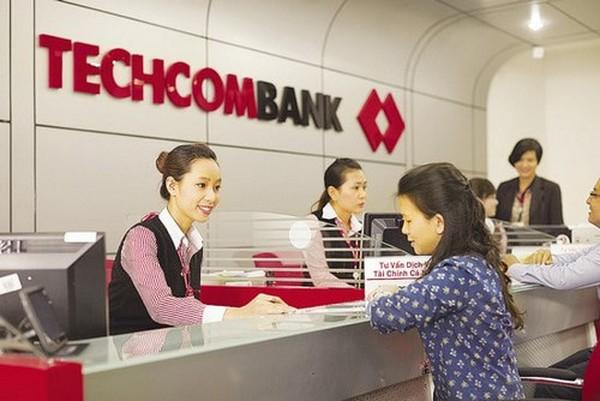 Lương thưởng của nhân viên ngân hàng VietinBank và BIDV đã