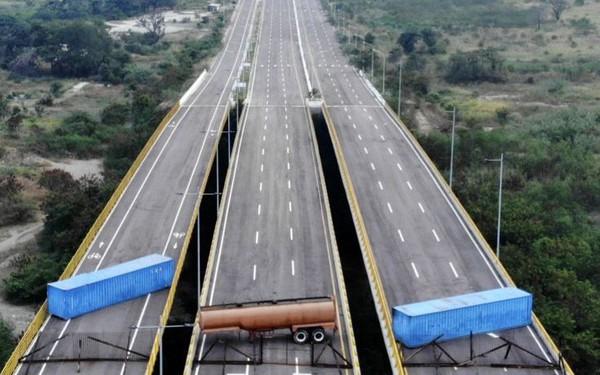 Hàng cứu trợ Venezuela: Mưu toan chính trị đằng sau cái mác nhân đạo