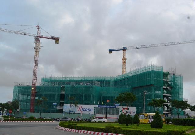 Công trình bệnh viện Vinmec đang xây dựng
