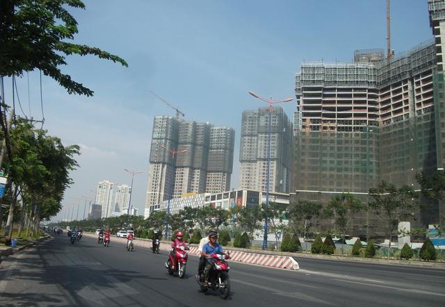 Hạ tầng, đường giao thông đồng bộ, rộng rãi.