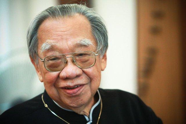 Cố Giáo sư Trần Văn Khê.