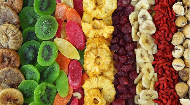 Những loại hoa quả sấy được rất nhiều người ưa thích.