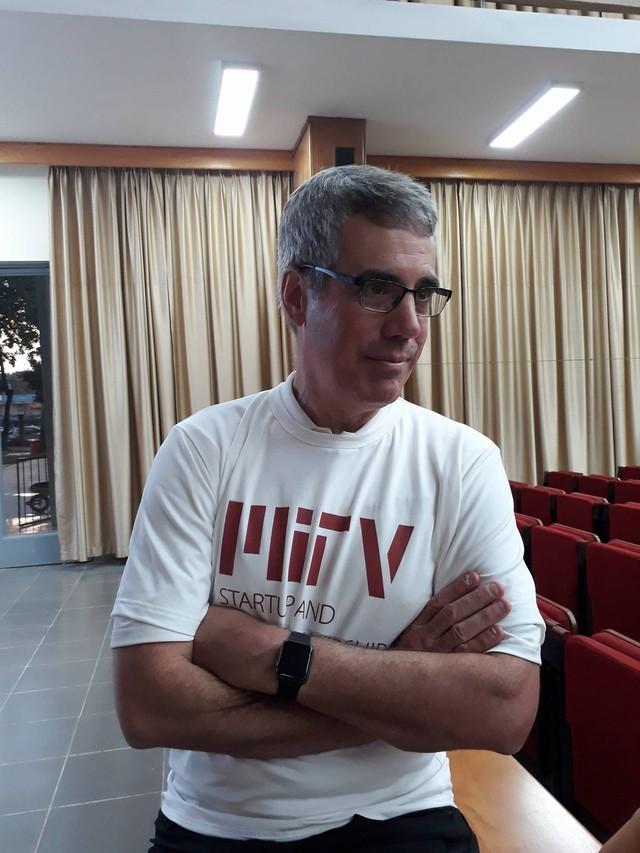 Ông Bill Aulet tại buổi nói chuyện với các bạn sinh viên Hà Nội
