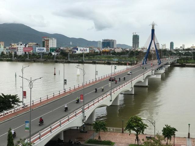 Một góc đôi bờ sông Hàn