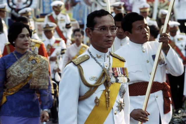 Hình ảnh nhà vua Thái Lan năm 1984.