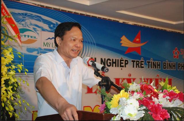 Phó bí thư Tỉnh ủy Lê Văn Châu chia sẻ kinh nghiệm chiến lược kinh doanh với doanh nhân tại lễ kỷ niệm