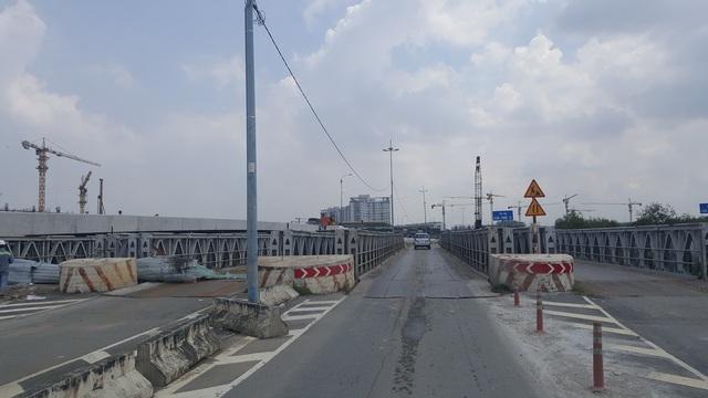 Dự án cầu Cá Trê đâm thẳng vào khu đô thị Sala đang được xây dựng.