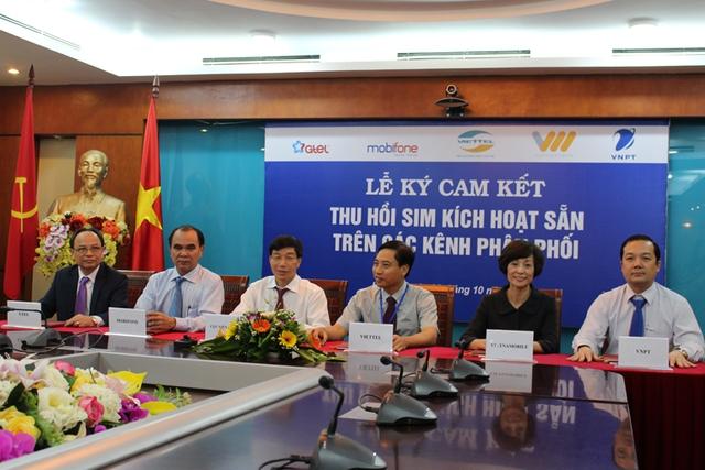 Lãnh đạo Cục Viễn thông và 5 doanh nghiệp ký cam kết