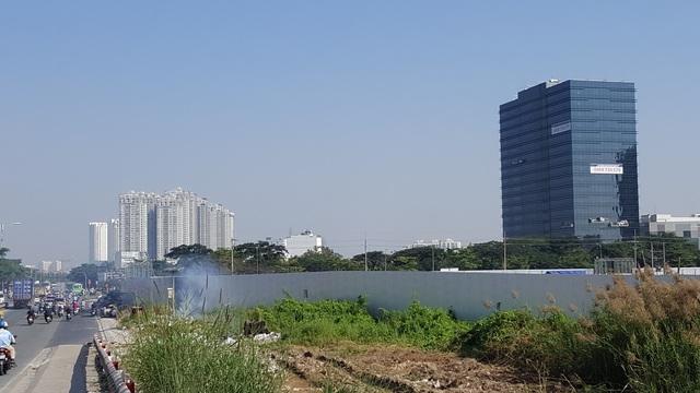 Một dự án khu phức hợp cao cấp nằm ngay chân cầu Rạch Đĩa đang chuẩn bị xây dựng.