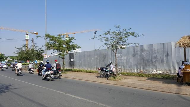 Khu đất rộng gần 2ha của Đức Khải đang chuẩn bị được đầu tư nằm ngay mặt tiền đường Nguyễn Hữu Thọ