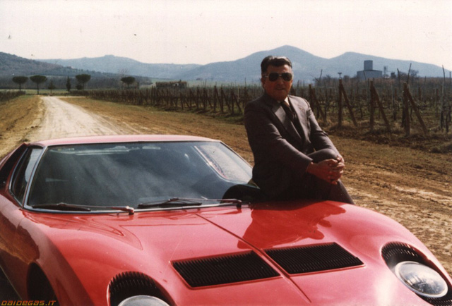 'Ông Lamborghini vốn là một kỹ sư máy kéo.'