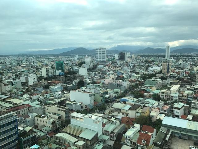 Đà Nẵng đang được xem là đại công trường với mật độ xây dựng ngày càng cao.