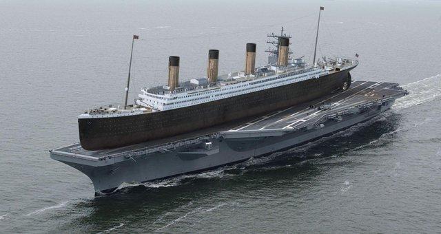 Tàu Titanic huyền thoại là con tàu lớn nhất thế giới trong thời điểm nó được hạ thủy. Tuy nhiên, nó vẫn nằm vừa trên boong tàu sân bay hạt nhân lớp Nimitz USS Ronald Reagan.