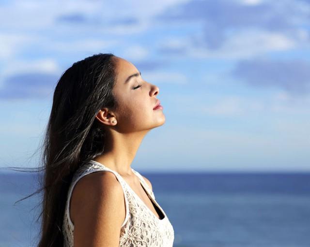 Hít thở sâu kích thích tư duy và khả năng ghi nhớ