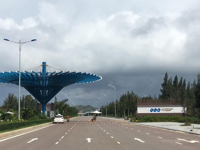 Quần thể du lịch - nghỉ dưỡng lớn nhất tỉnh Bình Định của FLC. Hiện dự án này đã đưa vào khai thác khu khách sạn cao cấp, hàng trăm biệt thử biển đang được xây dựng.