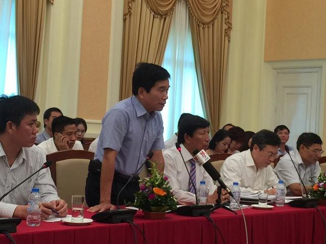[Trực tiếp] Bộ trưởng Bộ Xây dựng lần đầu đăng đàn: Cảnh báo rủi ro thị trường BĐS - Ảnh 1.