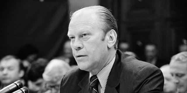 Gerald Ford, tổng thống thứ 38 của Mỹ, từng là nhân viên kiểm lâm tại Vườn quốc gia Yellowstone.