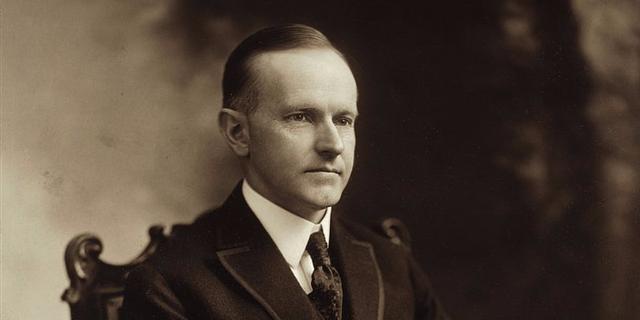 Calvin Coolidge, tổng thống thứ 30 của Mỹ, từng làm cho một xưởng chế tạo đồ chơi thủ công.