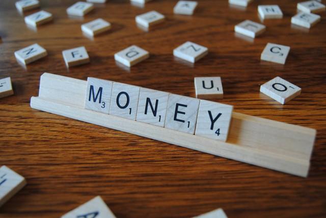 Tiền bạc luôn là vấn đề lớn trong cuộc sống