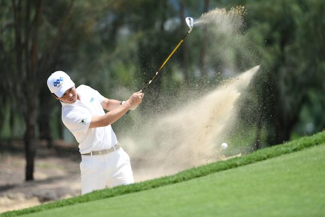 Khi chơi golf, đối thủ thực ra là chính mình.
