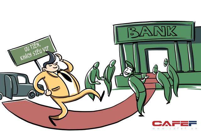 Ngân hàng luôn có làn giao dịch riêng dành cho khách hàng Priority. Đó là những vị khách VIP hoặc siêu VIP, đóng góp tới 60 – 70% doanh thu của mỗi chi nhánh ở nhiều ngân hàng