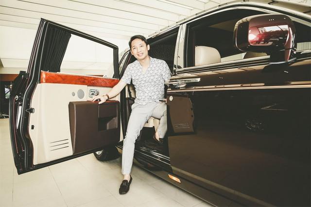 Ông Đoàn Hiếu Minh, người đưa xe Rolls Royce chính hãng về Việt Nam. Công ty Regal phân phối xe Rolls Royce chính hãng cũng như chịu trách nhiệm hậu mãi.