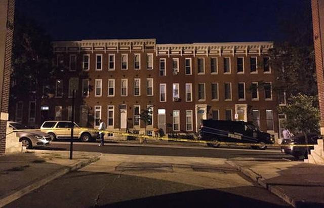 Phong tỏa hiện trường vụ xả súng ở Baltimore. Ảnh: AP