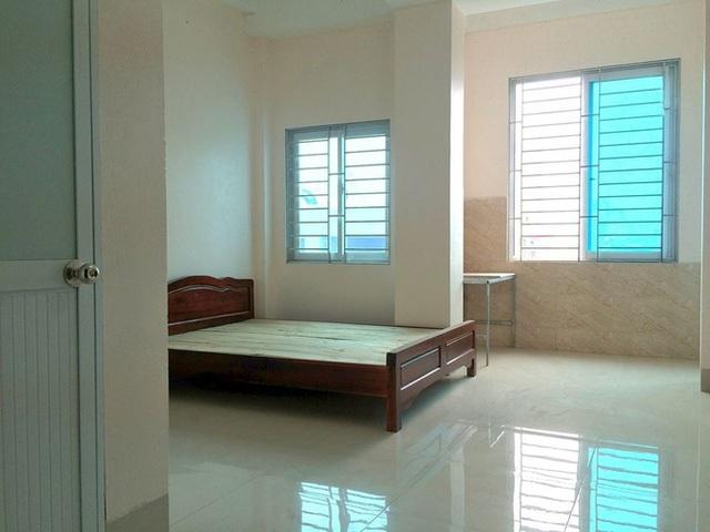 Nếu chỉ được trang bị giường, tủ, vệ sinh khép kín và thoáng rộng như căn phòng này, giá chỉ 3 triệu đồng. Ảnh facebook N.T.T.