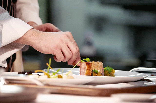 Câu chuyện về những món ăn đạt tiêu chuẩn Michelin chỉ với giá 30.000 đồng! - Ảnh 3.