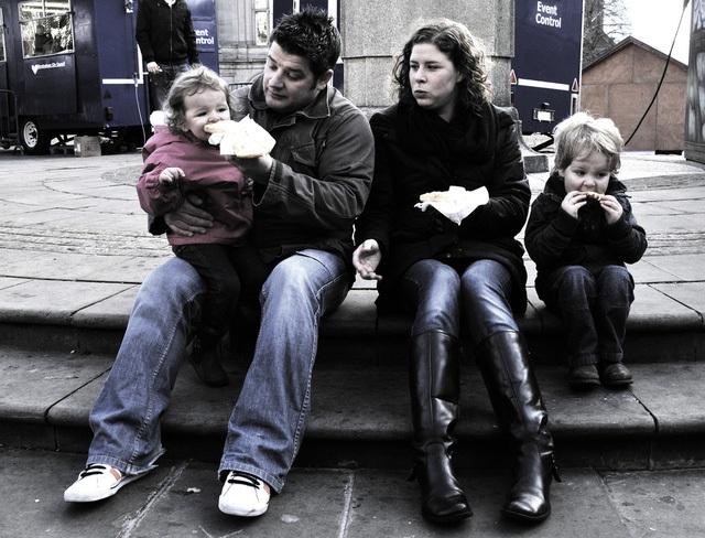 Cha mẹ Đức tập cho con cái tự lập từ khi còn rất nhỏ.