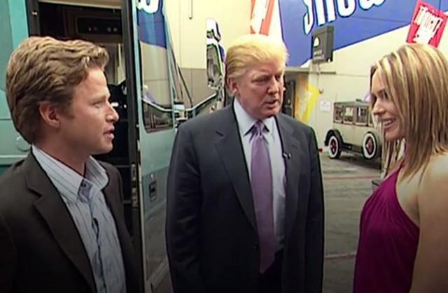 Ông Trump có những lời lẽ thô tục với phụ nữ trong video ghi hình từ năm 2005. Ảnh: People.