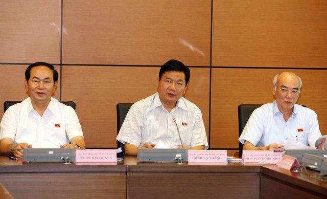 Bí thư Thành ủy TP.HCM Đinh La Thăng lo lắng về tình trạng quá tải giao thông tại TP.HCM. Ảnh: Phạm Hải