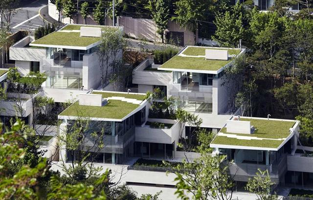12 ngôi nhà được thiết kế giống hệt nhau tại Seongbuk-dong (vùng ngoại ô thủ đô Seoul).