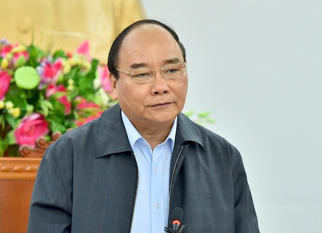 Thủ tướng chuyển lời thăm hỏi ân cần của lãnh đạo Đảng, Nhà nước, Mặt trận Tổ quốc Việt Nam đến nhân dân 8 tỉnh miền Trung và tỉnh Gia Lai. Ảnh: VGP/Quang Hiếu