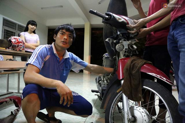 Minh Hiệp - chàng thủ lĩnh trong nhóm sửa xe không lấy tiền công các bạn sinh viên.