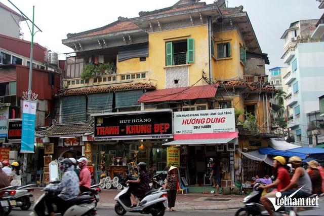 Biệt thự cổ số 65 Nguyễn Thái Học nơi ở của gia đình NS Chiều Xuân cùng 13 hộ dân khác