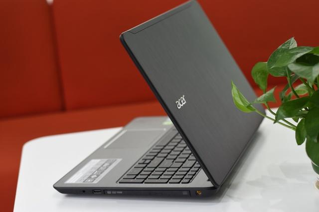Acer Aspire F5-573 có thiết kế đẹp, vỏ nhôm sang trọng & thời lượng pin đến 12 tiếng (6cell).