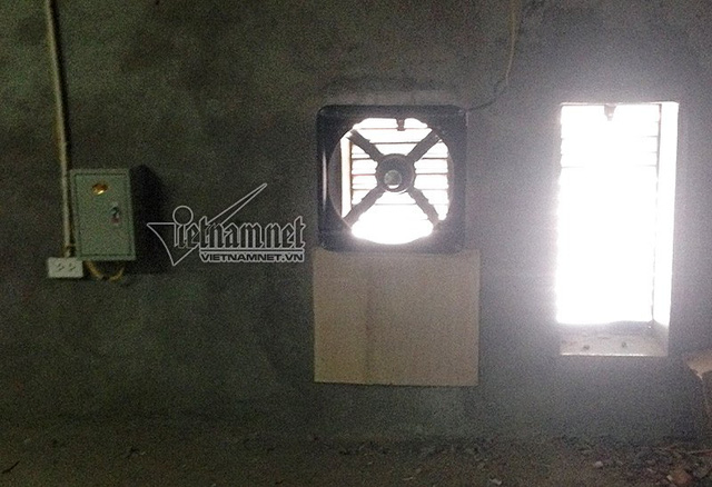 Sau kiến nghị của các hộ dân, Vinasinco đặt 2 hệ thống thông gió tại tầng kĩ thuật nhưng không có tác dụng triệt để