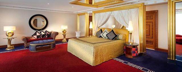 """Giá phòng suite một phòng ngủ """"rẻ nhất"""" của Burj Al Arab rơi vào khoảng 1.360 USD vào mùa thấp điểm, và hơn 2.000 USD vào mùa cao điểm. Ảnh: Jumeirah."""