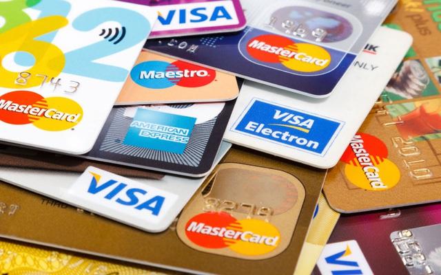 Kể cả thẻ tín dụng của bạn không có hạn mức đi chẳng nữa thì đó cũng không phải là tiền của bạn.