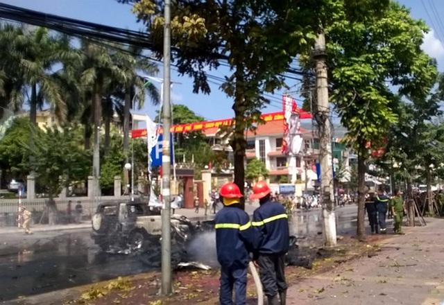 Hiện trường vụ nổ xe ô tô ở Cẩm Phả. Ảnh: Quảng Ninh online