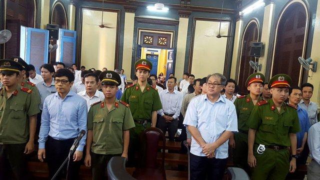 Phiên tòa sáng 8/8: Phan Thành Mai khẳng định không tham gia việc cho nợ chữ ký nhóm bà Bích - Ảnh 1.