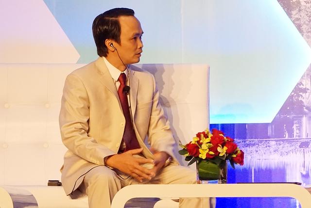 Ông Trịnh Văn Quyết trong Hội nghị Thượng đỉnh Kinh doanh Bloomberg ASEAN năm 2016. Ảnh: Duy Minh