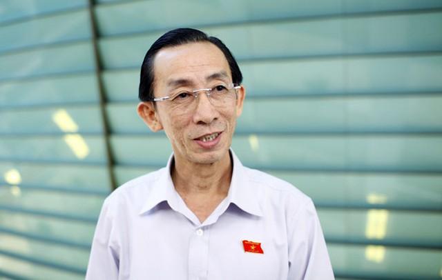 Tiến sĩ Trần Hoàng Ngân